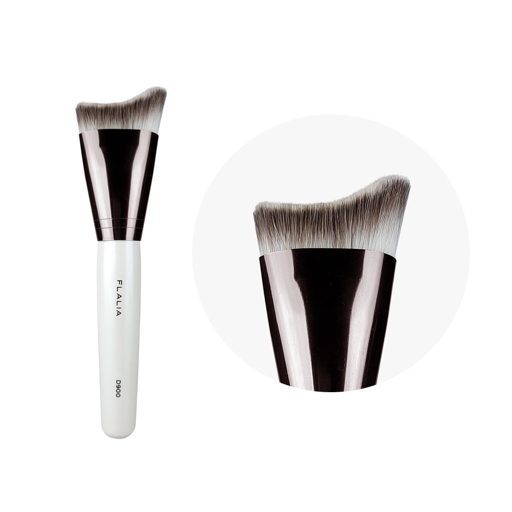 D900_Foundation Brush