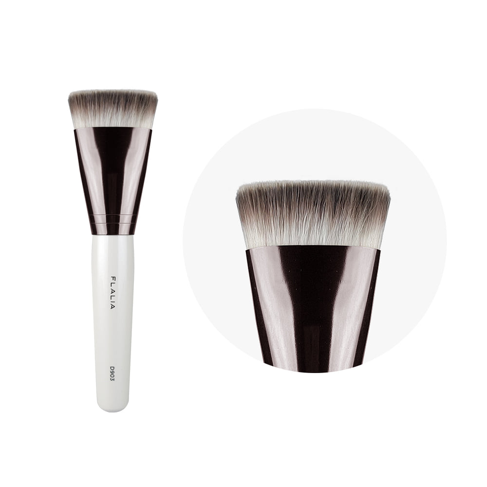 D903_Foundation Brush